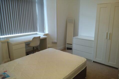 123 St Helens Avenue. 4 bedroom terraced house