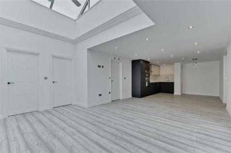 The Borough, Farnham, Surrey, GU9. 2 bedroom apartment
