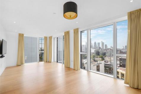 Admiralty House, 150 Vaughan Way, London, E1W. 3 bedroom property