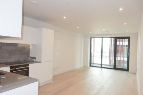 James Cook Building, Royal Wharf, E16. 1 bedroom flat
