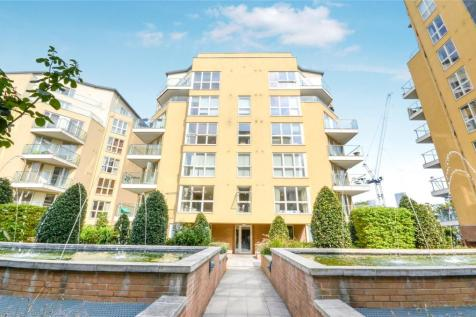Dovecote House, Water Gardens Square, London, SE16. 2 bedroom flat