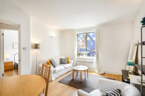 The Circle, Queen Elizabeth Street, London, SE1. 1 bedroom flat