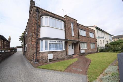 Flat 2 Moreland Court, 4 Lawn Road. 2 bedroom apartment