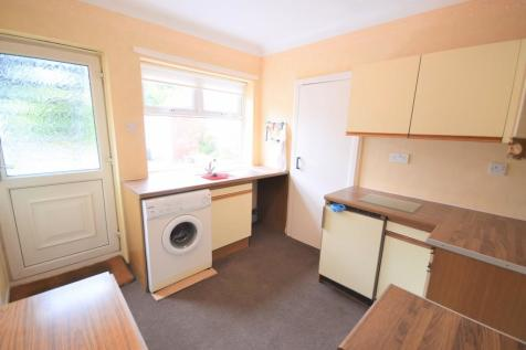 Flat 2 Moreland Court, 4 Lawn Road. 2 bedroom apartment for sale