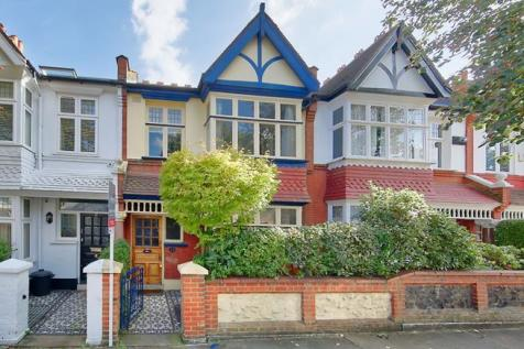 Larnach Road, Hammersmith, London, W6. 3 bedroom house