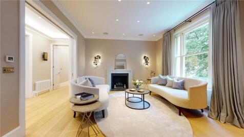 Gledhow Gardens, London, SW5. 4 bedroom apartment