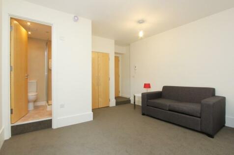 Old Brompton Road, South Kensington, London, SW7. Studio apartment