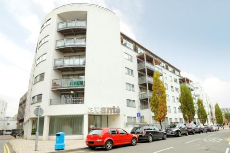 The Bittoms Kingston Upon Thames KT1. 2 bedroom apartment
