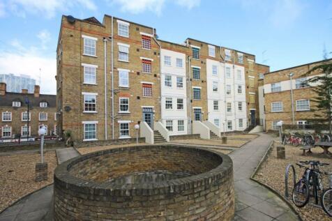 Old Castle Street, Arcadia Court. 1 bedroom flat