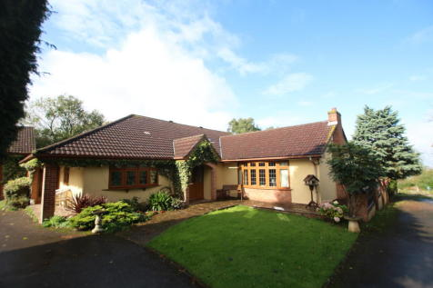 Worlebury Hill, Weston-super-Mare. 5 bedroom detached bungalow for sale