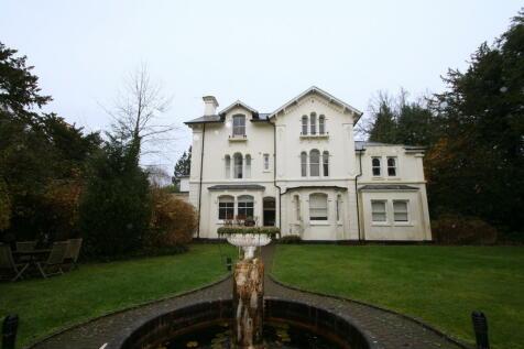 Broadwater Down, Tunbridge Wells. 2 bedroom apartment