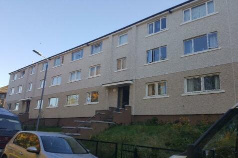 Shandon Crescent, Alexandria, Dunbartonshire, G83. 2 bedroom ground floor flat