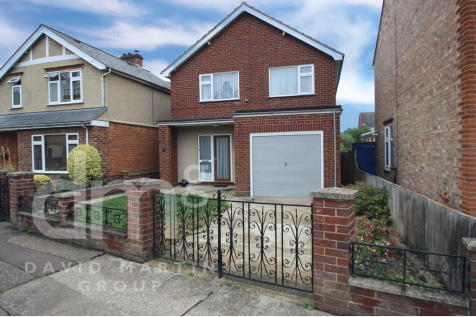 Causton Road, Colchester. 3 bedroom detached house