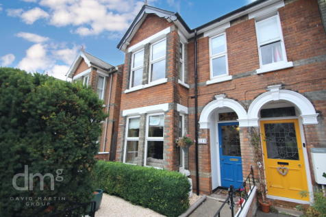 North Station Road, Colchester. 3 bedroom semi-detached house
