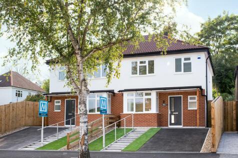 Beverley Road, Whyteleafe. 3 bedroom semi-detached house