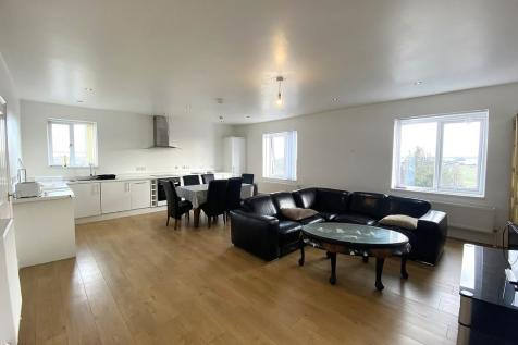 Clarence Parade, Southsea. 2 bedroom apartment