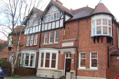 Springfield Road, Clarendon Park, Leicester, LE2. 10 bedroom block of apartments for sale