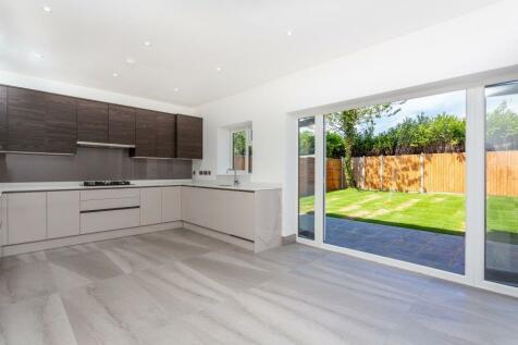 Syke Cluan, Richings Park, SL0. 3 bedroom semi-detached house