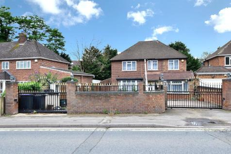 Thorney Lane South, Richings Park, SL0. 4 bedroom detached house for sale
