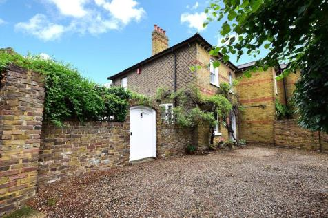 The Limes, High Street, Iver, SL0. 5 bedroom semi-detached house