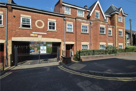 Sandfield Court, The Bars, Guildford, Surrey, GU1. 2 bedroom apartment