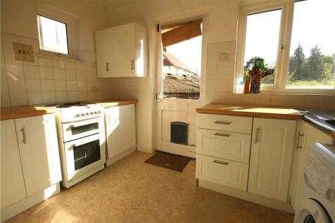 Canterbury Road, Guildford, Surrey, GU2. 3 bedroom house
