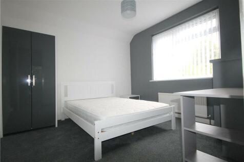 Woking Road, Guildford, Surrey, GU1. 6 bedroom house