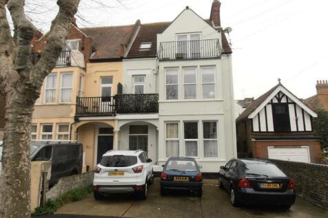 Manor Road, Westcliff-On-Sea, Essex, SS0. 1 bedroom flat