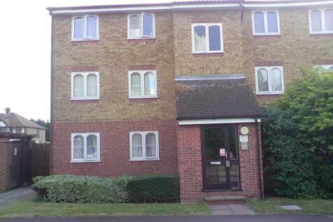 Frazer Close,Romford,RM1. 2 bedroom flat