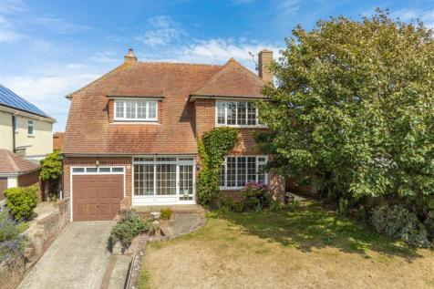 5 BEDROOMS - CLOSE TO SEAFRONT. 5 bedroom detached house for sale