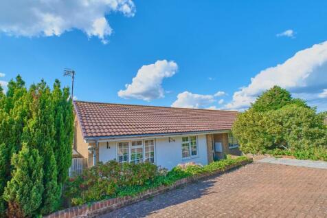 SPLIT LEVEL CUL DE SAC. 3 bedroom detached bungalow for sale