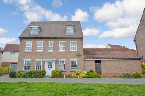 Russell Close, Witham, CM8 1UH. 5 bedroom detached house
