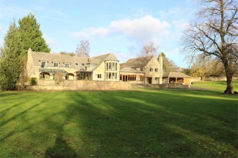 Church Walk, Kings Cliffe, Peterborough, Northamptonshire. 7 bedroom detached house for sale