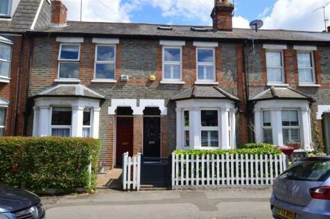 De Montfort Road, Reading. 3 bedroom terraced house