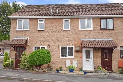 Bluebell Close, SO31. 2 bedroom terraced house