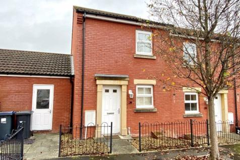 Garth Road, Paxcroft Mead, Trowbridge, Wiltshire, BA14. 2 bedroom terraced house