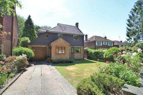 Ballards Way, Croydon, CR0 5RG. 4 bedroom detached house for sale