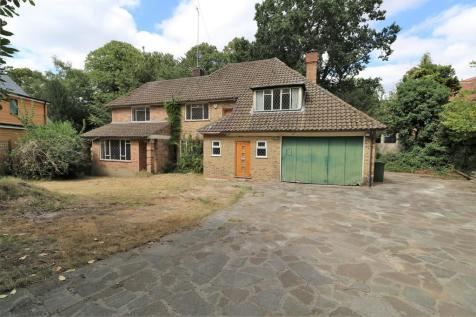 Pine Coombe, Croydon. 5 bedroom detached house