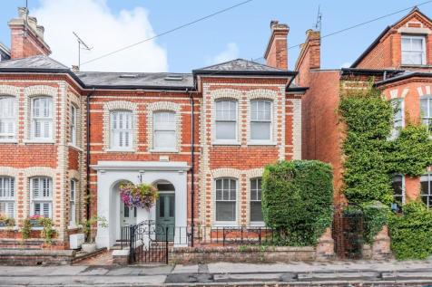 Queen Street, Henley-On-Thames, RG9. 4 bedroom town house for sale