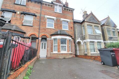 Hamilton Road, Reading, Berkshire, RG1. 6 bedroom terraced house