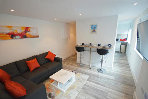 Hinton Road, Bournemouth. 1 bedroom apartment