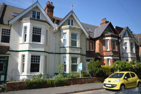 Walpole Road, Bournemouth. 1 bedroom semi-detached house