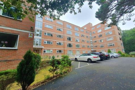 Dean Park Road, Bournemouth. 3 bedroom apartment