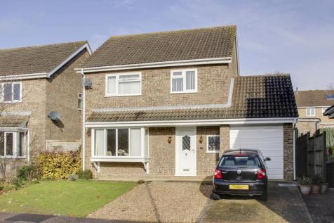 Otter Way, Eaton Socon, St. Neots. 4 bedroom detached house