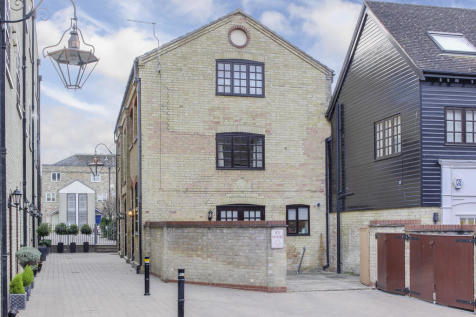 Old Mill Office, Fishers Yard, St. Neots. 2 bedroom town house