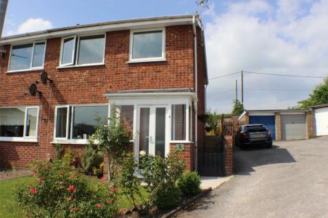 Cheviot Close, Gwersyllt, Wrexham, LL11, North Wales - Semi-Detached / 3 bedroom semi-detached house for sale / £125,000