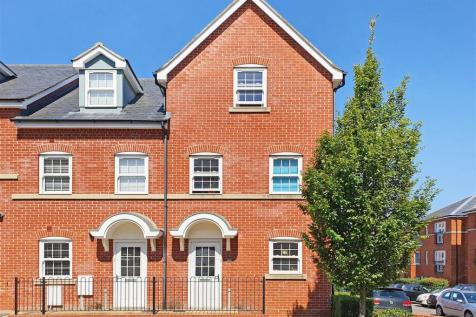 George Roche Road, Canterbury. 4 bedroom end of terrace house