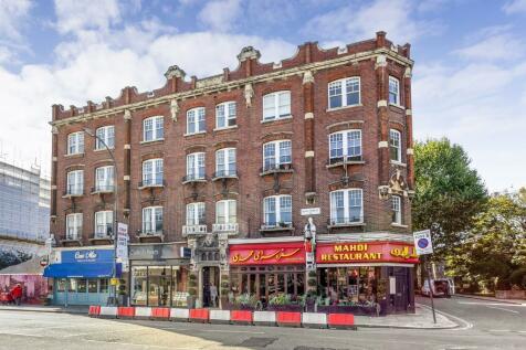 King Street, Ravenscourt Park, W6. 3 bedroom flat