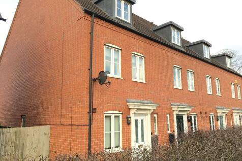Dryden Way, Stratford-Upon-Avon, Warwickshire, CV37. 3 bedroom end of terrace house