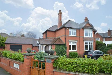 Priory House, 2 Woodfield Road, Shrewsbury SY3 8HZ. 4 bedroom detached house for sale